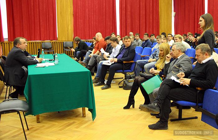 Встреча президента ОСК Алексея Рахманова со студентами СПбГМТУ