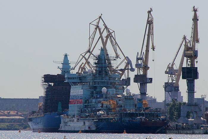 Ледоколы проекта 22220 на Балтийском заводе