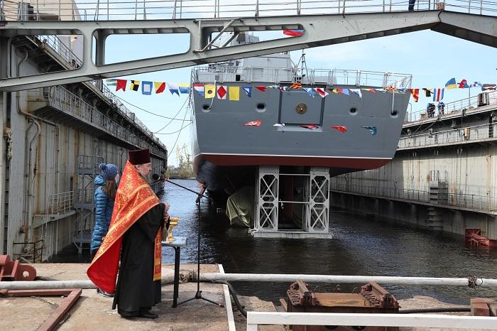 """Спуск на воду фрегата """"Адмирал Головко"""""""