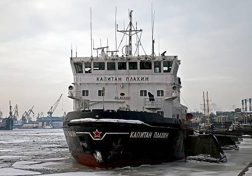 Ледоколы проекта 1105 «Капитан Чечкин» — Википедия | 350x500