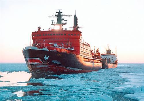 Минпромторг предлагает использовать только русские суда для транспортировки углеводородов поСМП