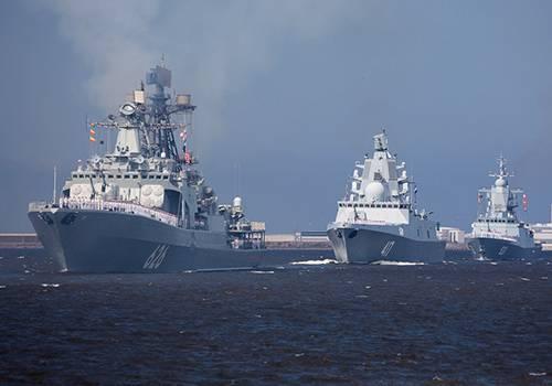 ВФинском заливе прошла первая тренировка парада вчесть Дня ВМФ