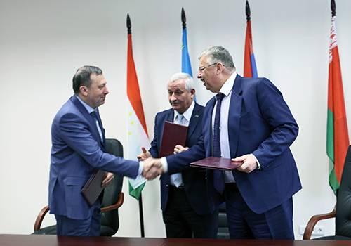 Евразийский банк развития, БелАЗ иНПК «Звезда» подписали соглашение осотрудничестве