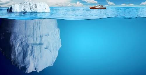 Профессионалы Роснефти впервый раз произвели буксировку больших айсбергов