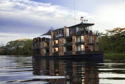ВПетербурге могут появиться плавучие отели